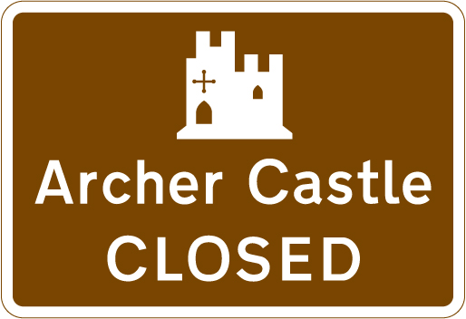 direction-and-tourist-signs - castle closed
