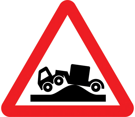 level-crossing-signs - risk of grounding